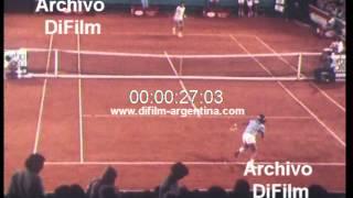 DiFilm - Guillermo Vilas derrota a Victor Pecci - Tenis (1981)