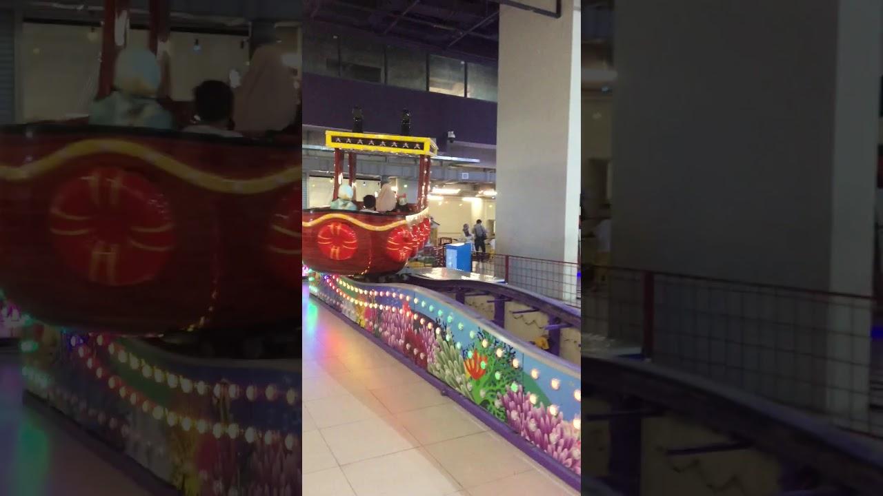 Shopping Center King Stream