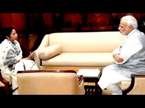 Mamata Banerjee meets Prime Minister Modi, asks for financial help