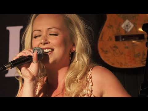 Jenny June @ Jags At 119 The Festival Sessions  11th July 2019 4K