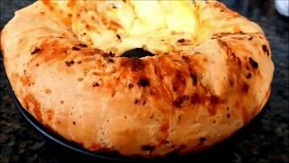 Bolo Pão de Queijo Recheado com Frango – Receita Caseira