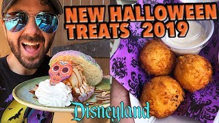 Trying NEW Halloween Treats & Food in Disneyland!