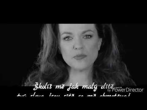 Marta Jandová - Školíš mě Text