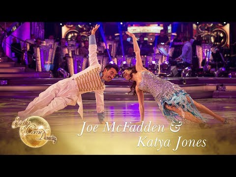 Joe McFadden & Katya Jones Showdance to You Make My Dreams  Final 2017