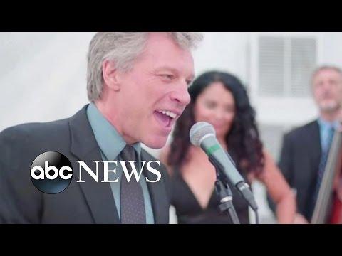 Jon Bon Jovi Sings 'Livin' on a Prayer' at Wedding