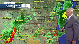 Showers move through, Severe Thunderstorm Watch issued for Walworth Co.