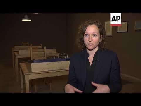 Installation artists explore Russia's Soviet past