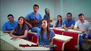 """Öğrencilerinden profesöre """"Candan Erçetin"""" klibi"""