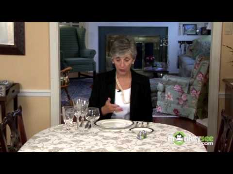 basic-dining-etiquette---using-utensils