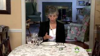 Basic Dining Etiquette - Using Utensils(To view the next video in this series click: http://www.monkeysee.com/play/2253 In this video, etiquette expert Nancy R. Mitchell, The Etiquette Advocate, guides ..., 2009-04-15T21:30:00.000Z)