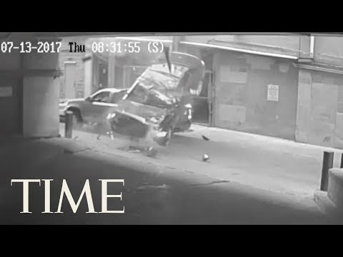 Watch A Car Fall 7 Stories From A Texas...
