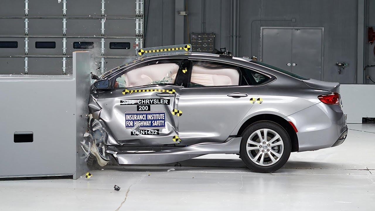 2015 Chrysler 200 4door sedan small overlap IIHS crash test  YouTube