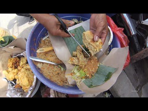 Indonesia Jakarta Street Food 1155 Part.1 Wonogiri Javanese Salad  PecelKelilingGorenganDepok5038