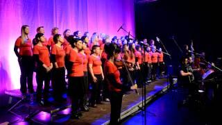 Ženski pevski zbor Kombinat - Jutri gremo v napad + Nabrusimo kose - Live, Ljubljana