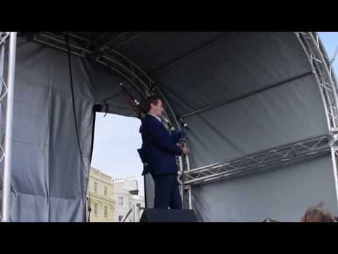 Alastair Campbell plays Ode to Joy...on the bagpipes