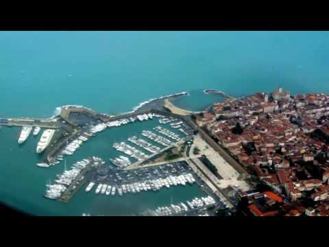 Flying into Monaco - Flight Landing in Nice, FRANCE