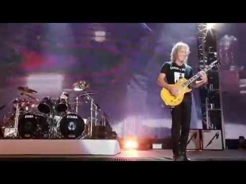 Metallica plays Van Halen - Runnin' with the Devil !!