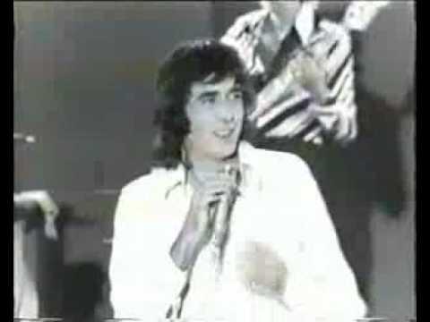 Joan Manuel Serrat - Fiesta - 1a, versión en vivo
