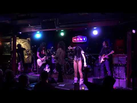 Eric McFadden with Queen Delphine and special guest Steve Stevens live at The Mint