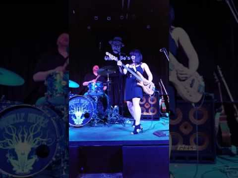 Danielle Nicole Band - Save Me - 9-30-16 Uncle Bo's Topeka, KS