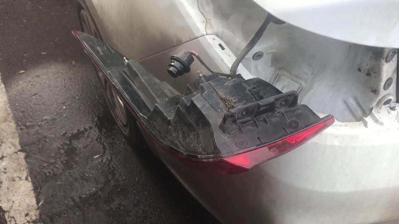 Kia Rio замена лампочки в заднем стопе/габаритах