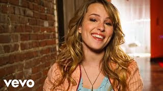 Lemonade Mouth - Somebody(Facebook -- http://www.facebook.com/BridgitMendler Twitter -- http://www.twitter.com/BridgitMendler Official site - http://bridgitmendlermusic.com/, 2011-03-11T20:35:27.000Z)