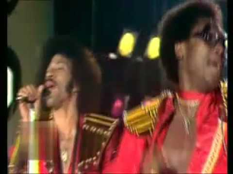 Commodores - Too hot ta trot 1977