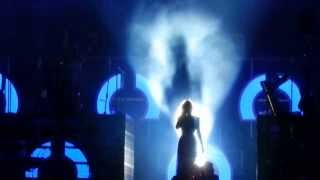 Beyoncé LIVE  I Will Always Love You / Halo at CHIME FOR CHANGE