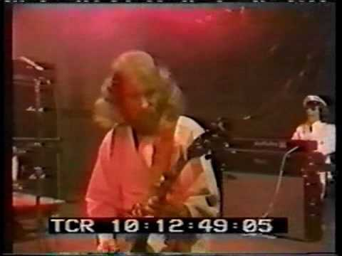 Jethro Tull - Salamander and Taxi Grab -  TV 1976