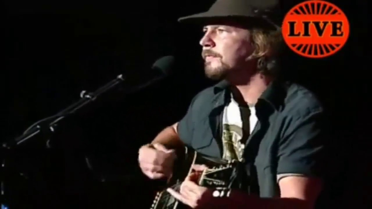 Eddie vedder Performing Solo - Porch acoustic live
