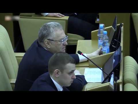 Жириновский брезгует пить