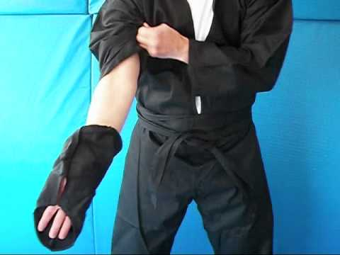 Instructions on Dressing in a Real Ninja Costume