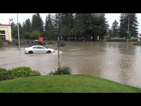 Flooding in Rohnert Park CA