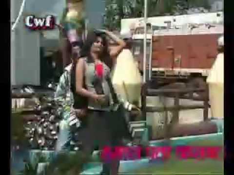 Choli Ke Neeche Ek beta Bhojpuri video hat...