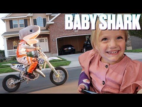 🦈 BABY SHARK CHALLENGE | THIS IS HOW WE BINGHAM BABY... SHARK 👶