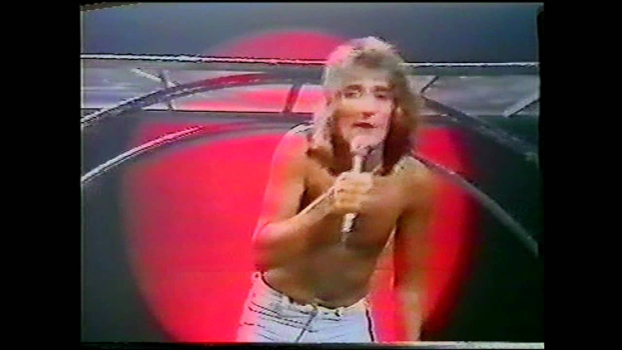 rod-stewart-pretty-flamingo-a-night-on-the-town-tv-special-1976-rod-stewart
