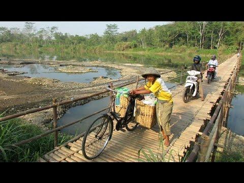 Klik Arbain   Foto Human Interest   Jembatan Pundong   KOMPAS.TV
