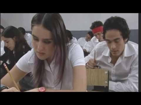 Marcela y Juan David en aula