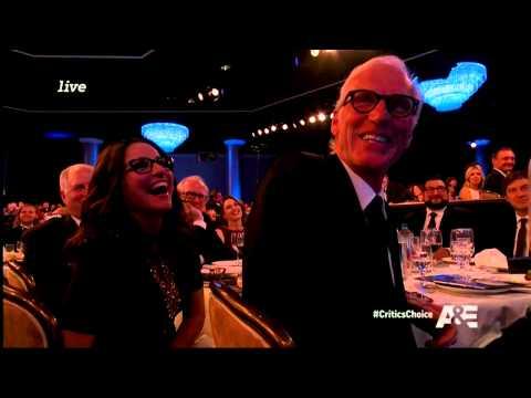 Seth MacFarlane Blasts 'Duck Dynasty' During Acceptance Speech