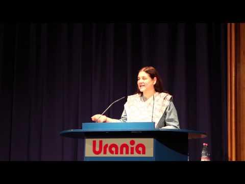 Laudatio Maneka Gandhi für Peter Singer beim PSP 2016 (e)