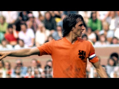Johan Cruijff • The Total Footballer • HD #RestinPeace
