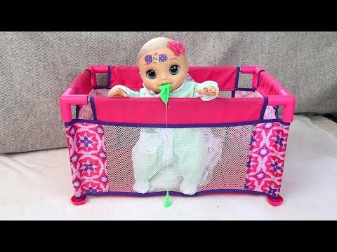 Готовим Витаминную Водичку для Больной Оли Мультики для детей Как Мама Играла в Куклы 108мама тв
