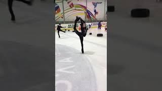 Вращение в Бильман .Фигурное катание на коньках .