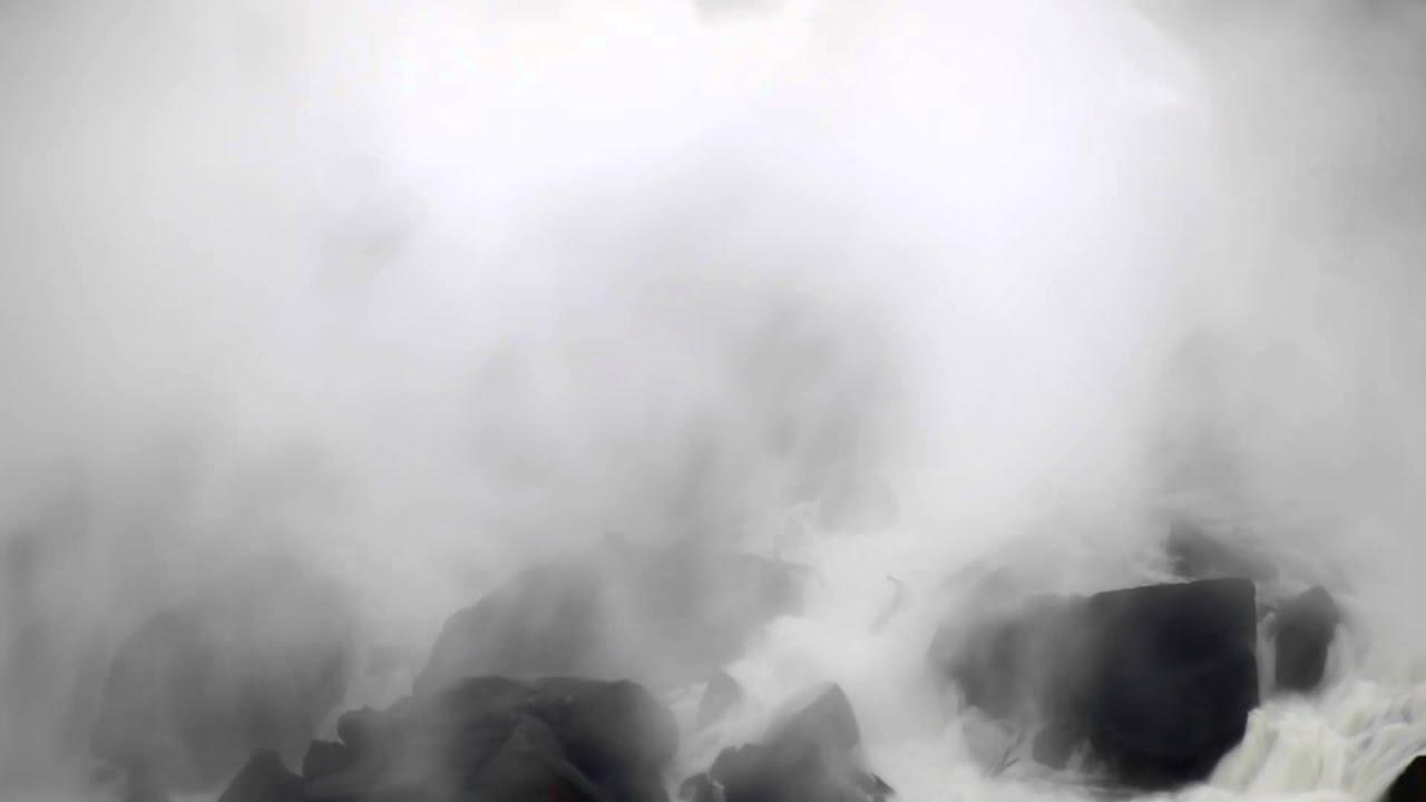 Heavy mist at Niagara Falls. - YouTube