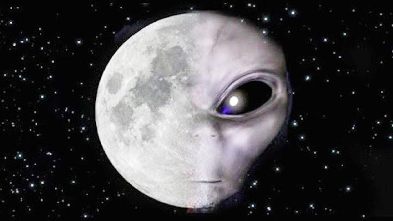 Ayın Karanlık Yüzeyinde Ne Var ?