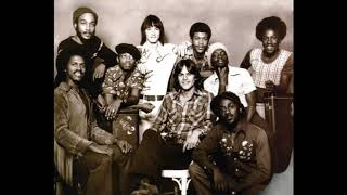 080275 K.C. and the Sunshine Band's first appearance on AT40 + six tidbits