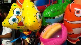 Beli Balon Doraemon,Nemo,Tayo,Baby shark Sambil lihat Karnaval Hut RI