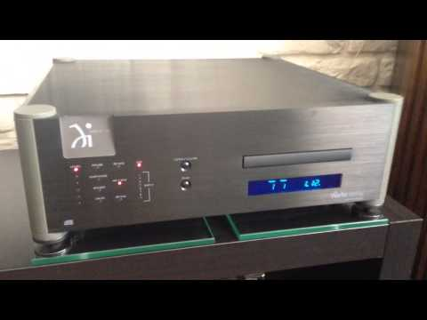 Wadia 16 CD player ; Accuphase A20