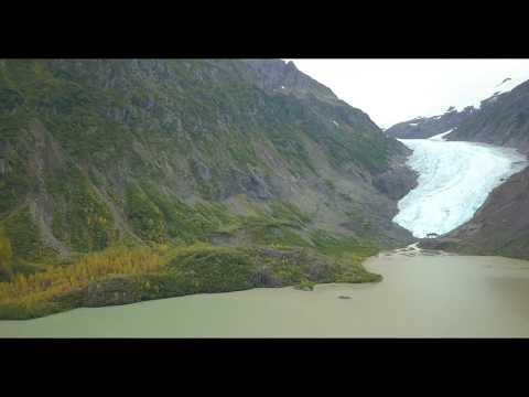 Bear Glacier in British Columbia - aus der Luft / von oben