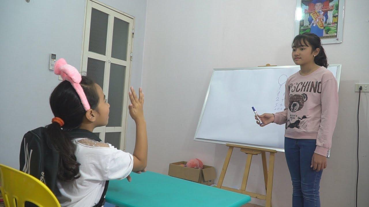 Trò Chơi Lớp Học Tại Gia Vui Nhộn Tập 3 – Dạy Trẻ Cách Chào Hỏi Và Xin Phép – MN Toys Family Vlogs